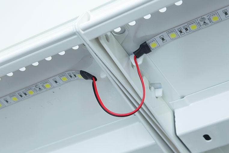 LEDテープライトの橋渡しによる壁避けテクニック